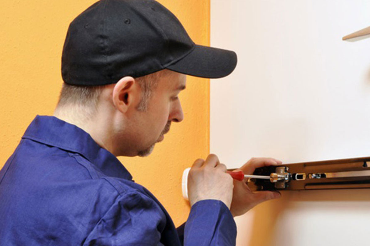 Photo of a Midvale Locksmith